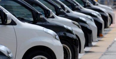 Cuántos carros puede asegurar una persona