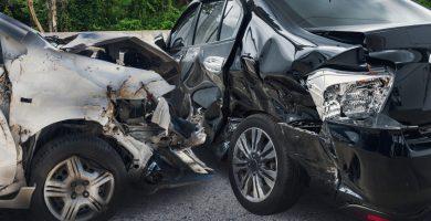 Qué hacer si tienes un accidente de carro