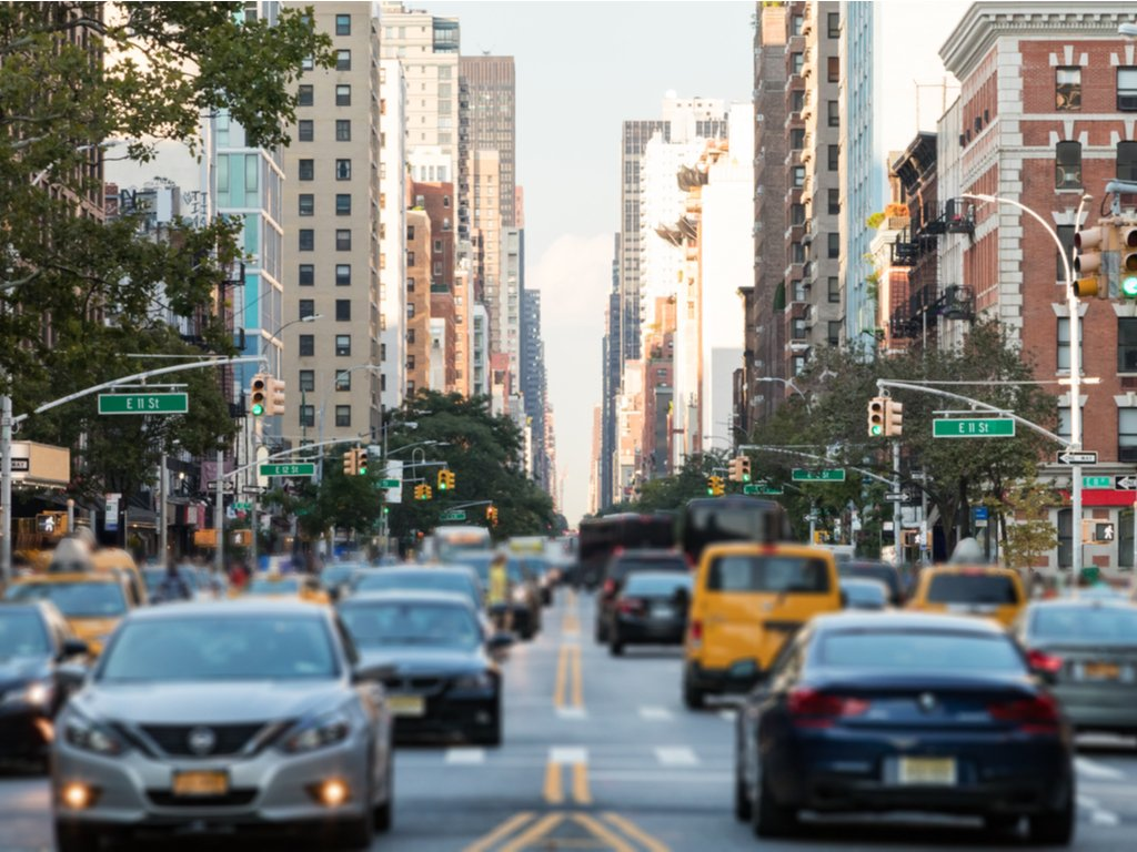 ¿Cómo registrar un carro en New York?