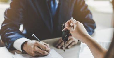 Cómo transferir un título de carro en cualquier estado