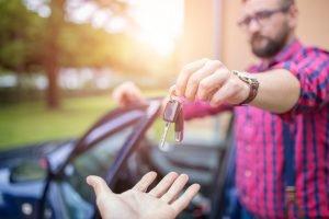 Cómo vender mi carro al estado