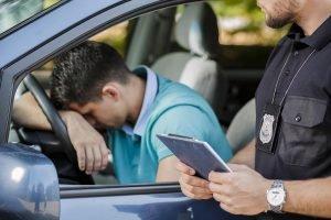 ¿Cuánto cuesta un ticket por no tener licencia en Texas?