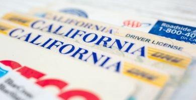 Cómo sacar la licencia de conducir de California