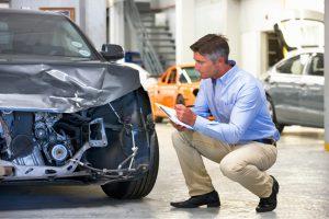 ¿Qué es el deducible de un seguro de auto?