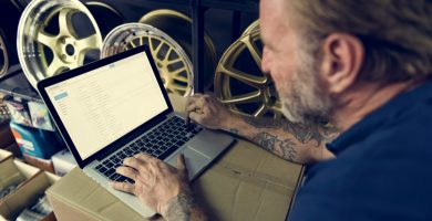 Los mejores sitios para comprar partes de carros online