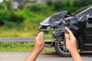 ¿Cuánto tiempo tengo para reportar un accidente de auto?